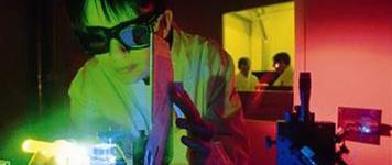 Surys - Hologram Industries